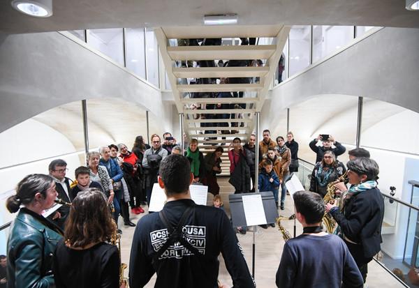 Inauguration après travaux du conservatoire de musique et de danse Auguste Tolbeque au centre Du Gesclin de Niort