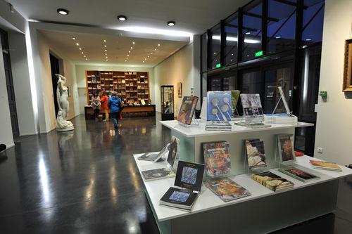 Musée Bernard d'Agesci, accueil et boutique