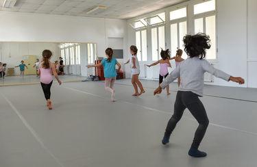 Rentrée à l'école de danse © B. Derbord