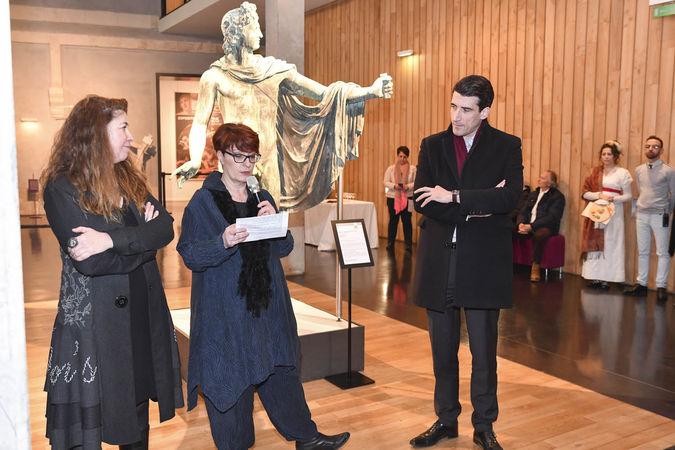 Exposition Bernard d'Agesci, inauguration en présence de Jérôme Baloge, Elisabeth Maillard, Laurence Lamy ©Darri