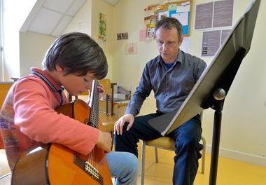 Cours de guitare au conservatoire Auguste-Tolbecque