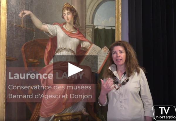 """Laurence Lamy, directrice des musées de Niort Agglo vous présente """"Thémis ou La Justice"""", une huile sur toile du peintre Niortais Bernard d'Agesci de 1794"""