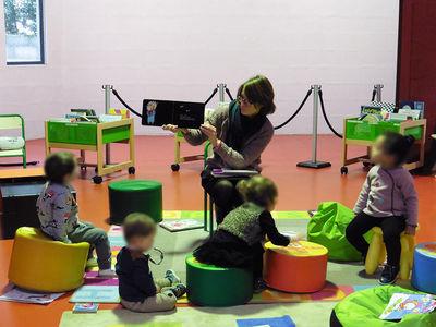 Médiathèque du Lambon à Niort, bébés lecteurs