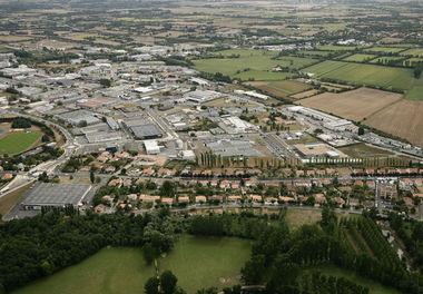 Vue aérienne quartier Saint-Liguaire Niort © 4 Vents