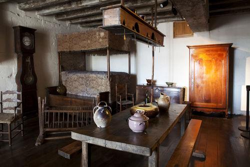 Musée du Donjon, reconstitution d'un intérieur poitevin