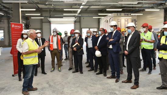 Leach international : visite de chantier avec le préfet et Jérôme Baloge