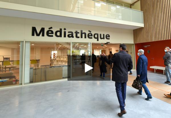 Visite de la médiathèque