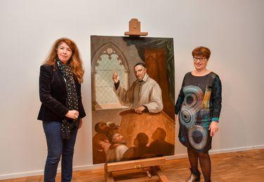 Le tableau Saint-Vincent de Paul restauré, présenté par Laurence Lamy, Conservateur du Musée d'Agesci, et Elisabeth Maillard, vice-présidente de l'Agglo en charge de la culture et du patrimoine historique