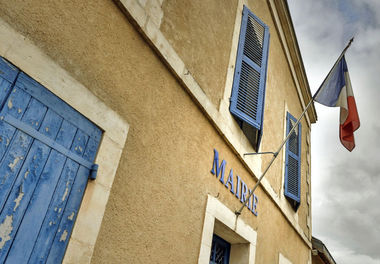Façade de la mairie de Vallans